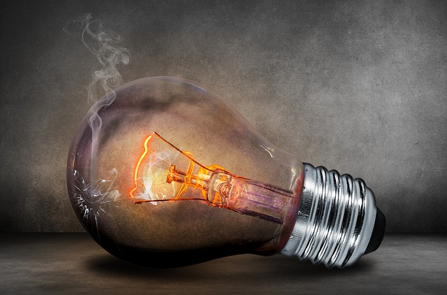 light-bulb-503881_640