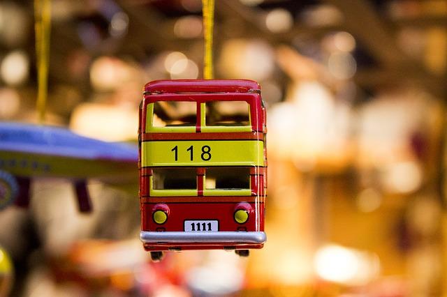 toy-car-431356_640