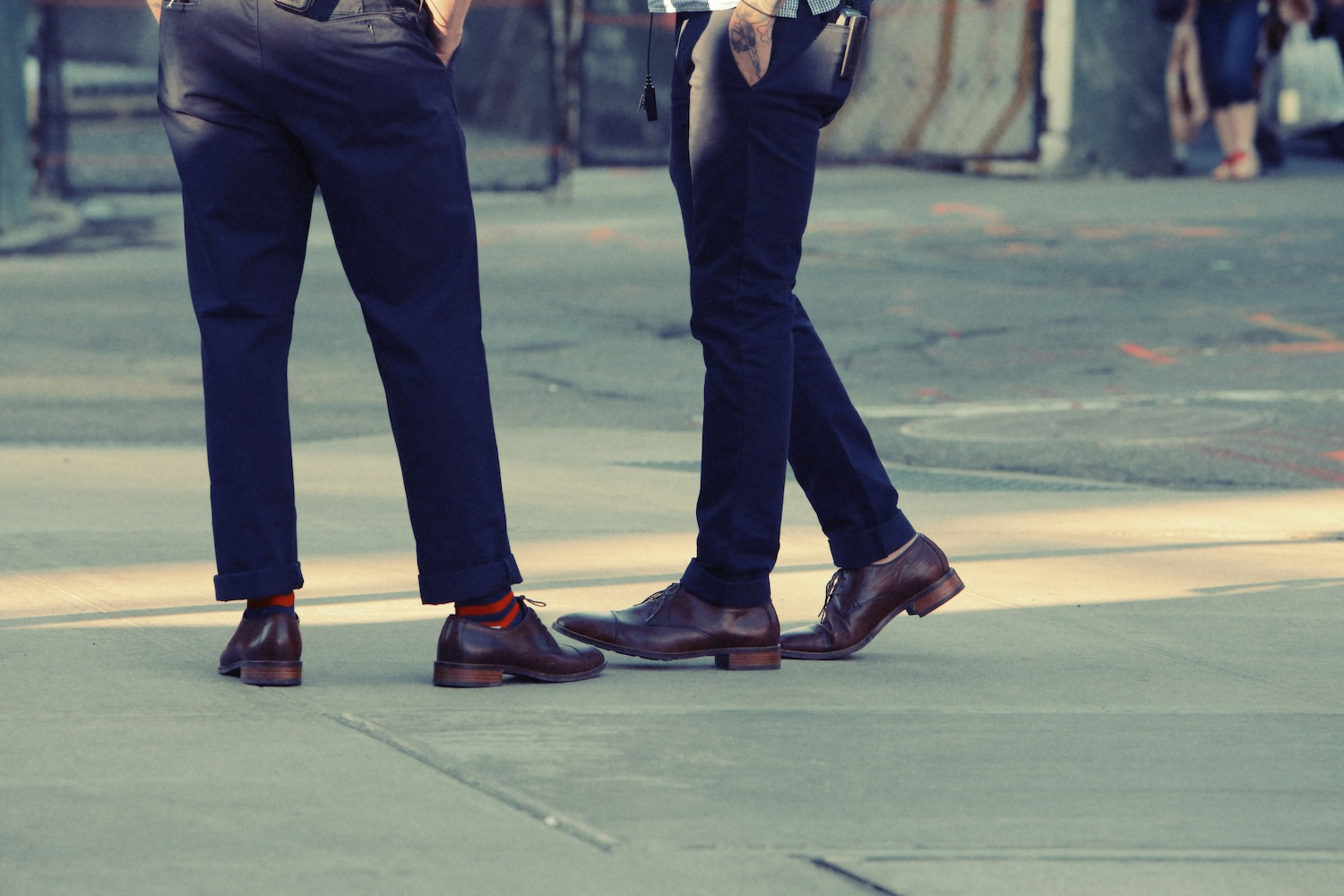 Life-of-Pix-free-stock-photos-city-man-shoes-legs-leeroy
