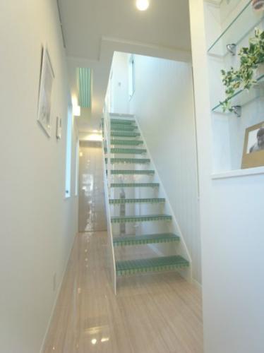 コニファーコートの階段