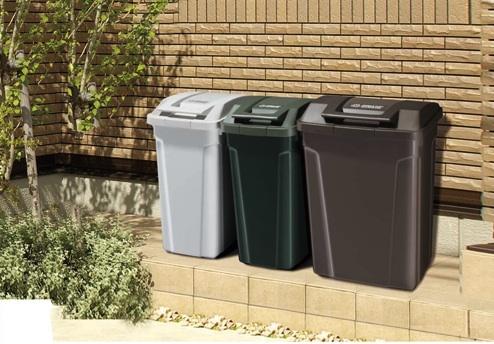 外のゴミ箱