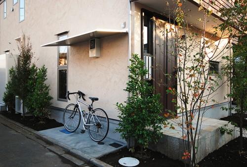 庇と自転車