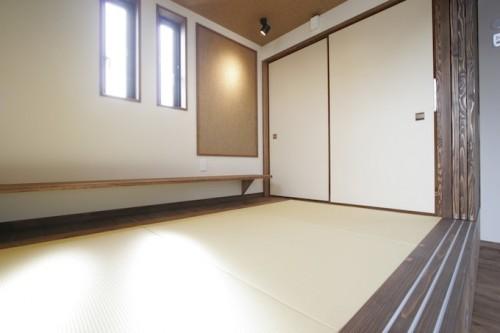 3畳の畳コーナーと板間
