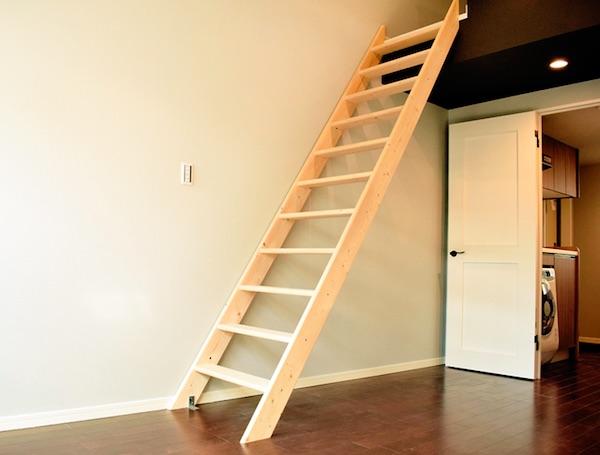 可動式はしごに必要なスペース