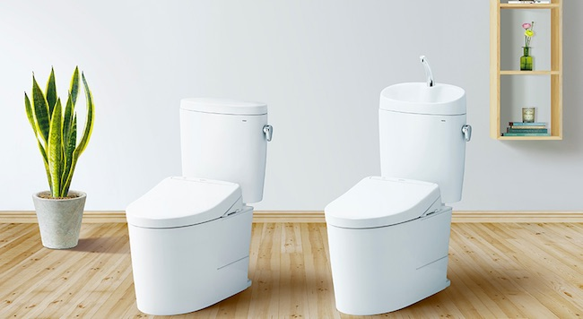 タンク付きトイレ