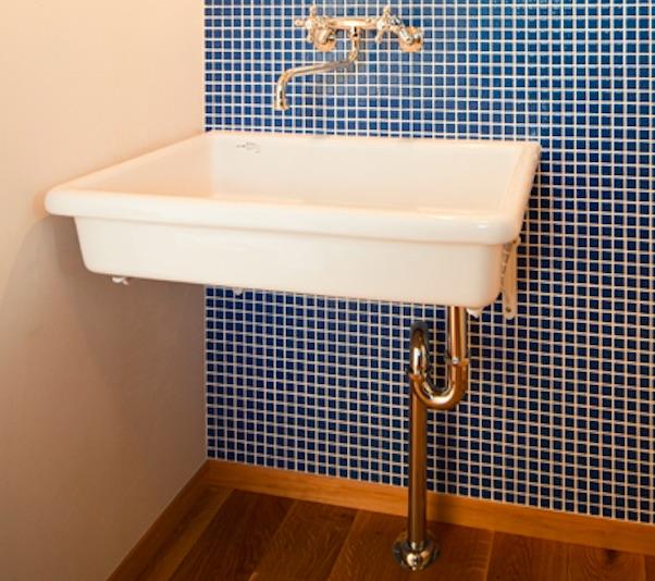 手洗いの配管